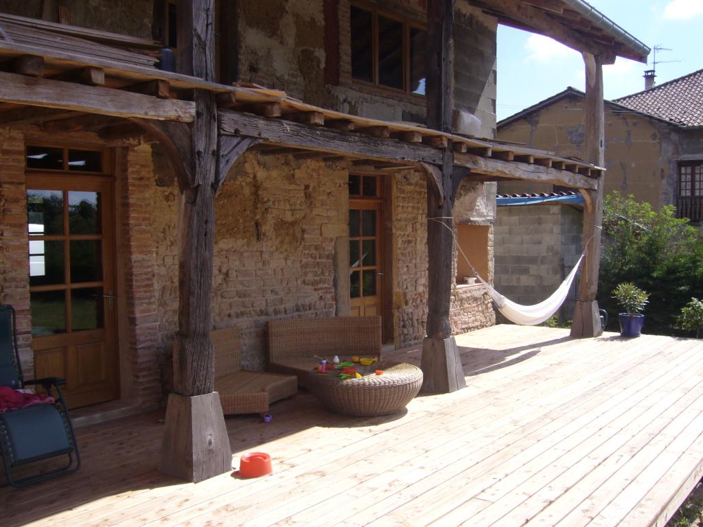 Maison 02 ossature bois bottes de paille matthieu for Architecte renovation ferme